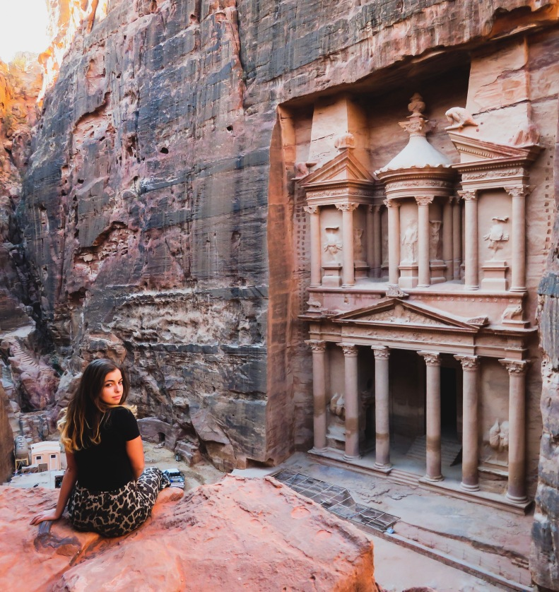 Travel blogger at Treasury, Petra | Al-Khazneh